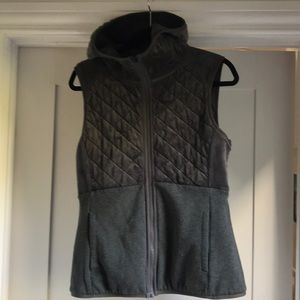 The North Face Caroluna Reversible Vest